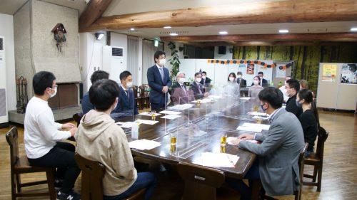 田村前厚労大臣と国際教養大学生の座談会